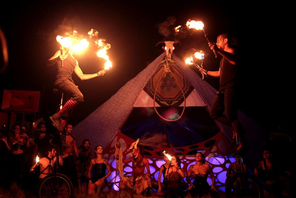 purple-trance-ressonar-festival-fogo